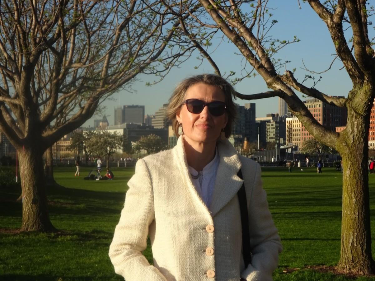 Las otras vidas del texto: la poética de Marta López Luaces