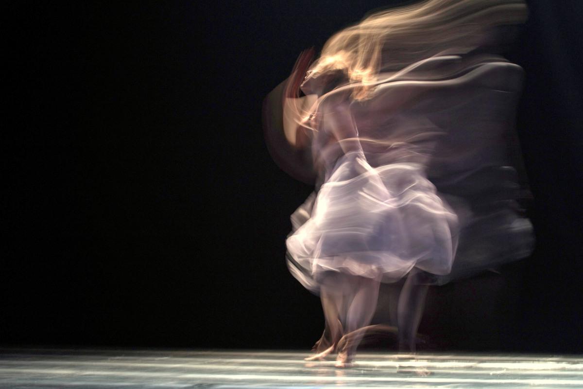 Sólo creería en un dios que supiera bailar.                                                                Un repaso por la filmografía de Yorgos Lanthimos.