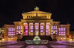 250px-Sala_de_Conciertos,_Berlín,_Alemania,_2016-04-22,_DD_22-24_HDR