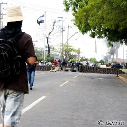 UNAN_barricadas3_danilocastanedafoto_solangesaballos_protestasnicaragua2018
